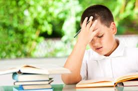 Težave z branjem, težave s pisanjem, znaki za disleksijo