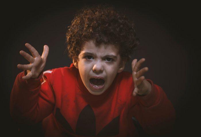Motnja pozornosti in aktivnosti, ADHD, ADD, vzgoja.