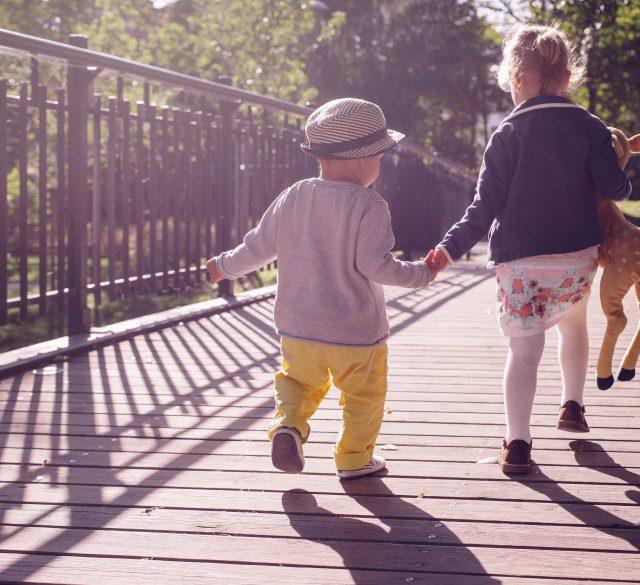 Učenje socialnih veščin, najpomembnejši vidiki razvoja socialnih veščin pri otrocih