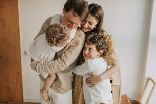 Socialne veščine, empatija, navezanost, družina